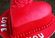 كاتو القلب الأحمر