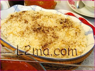 الأرز المفلفل بالشعيرية